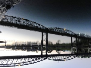 5. DSC02256a upside, auto Bridge of Dreams